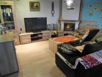 obývací pokoj (Prodej domu v osobním vlastnictví 180 m², Královice)