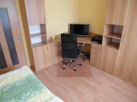 dětský pokoj - vybavení vč. skříně je součástí prodeje (Prodej bytu 4+1 v družstevním vlastnictví 89 m², Chomutov)