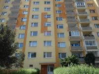 pohled na dům (Prodej bytu 4+1 v družstevním vlastnictví 89 m², Chomutov)
