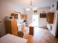 kuchyně - 1.patro  (Prodej domu v osobním vlastnictví 400 m², Vejprty)
