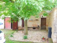 budova s výminkem, garáží a dílnou  (Prodej domu v osobním vlastnictví 100 m², Žatec)