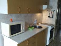 Kuchyň (Prodej bytu 3+1 v družstevním vlastnictví 71 m², Praha 5 - Stodůlky)