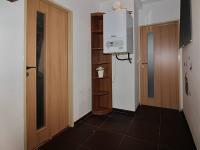 Vstupní chodba (Prodej bytu 3+kk v osobním vlastnictví 72 m², Praha 5 - Motol)