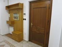 Vstupní prostory - Pronájem bytu 3+1 v osobním vlastnictví 140 m², Kadaň
