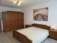 Ložnice se zařízením - Pronájem bytu 3+1 v osobním vlastnictví 140 m², Kadaň
