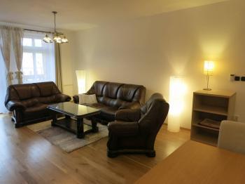 Obývací pokoj se zařízením - Pronájem bytu 3+1 v osobním vlastnictví 140 m², Kadaň