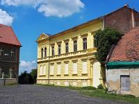 Prodej nájemního domu 900 m², Žatec