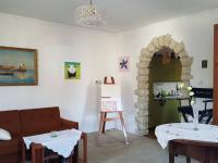 obývací pokoj (Prodej domu v osobním vlastnictví 170 m², Libochovice)