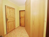 Chodba v přízemí - Prodej domu v osobním vlastnictví 156 m², Staňkovice
