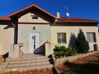 Východní pohled na dům - Prodej domu v osobním vlastnictví 156 m², Staňkovice