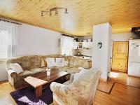 Obývací pokoj propojený s kuchyní - Prodej domu v osobním vlastnictví 156 m², Staňkovice