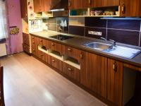 Prodej domu v osobním vlastnictví 170 m², Měcholupy
