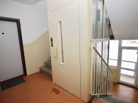 nový výtah - Prodej bytu 1+1 v družstevním vlastnictví 36 m², Jirkov
