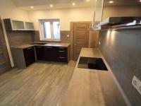 Pronájem domu v osobním vlastnictví 200 m², Chomutov