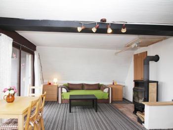 obývací pokoj v přízemí - Prodej chaty / chalupy 57 m², Koštice