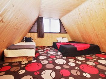 Pokoj v podkroví - Prodej chaty / chalupy 57 m², Koštice