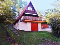 Pohled na chatu v létě - Prodej chaty / chalupy 57 m², Koštice