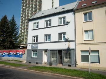 Pronájem bytu 2+1 v osobním vlastnictví 60 m², Chomutov