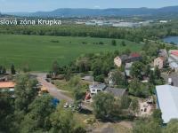 Průmyslová zóna 3 min daleko  - Prodej komerčního objektu 6324 m², Modlany