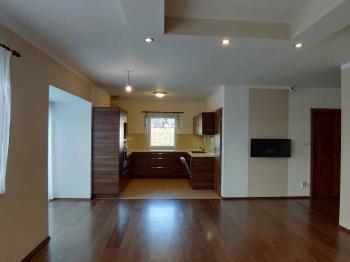 Pronájem domu v osobním vlastnictví, 178 m2, Panenský Týnec