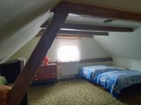 2.NP - ložnice - Prodej domu v osobním vlastnictví 185 m², Hřivice