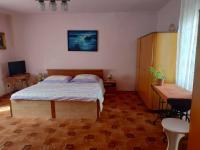 1.NP - ložnice - Prodej domu v osobním vlastnictví 185 m², Hřivice