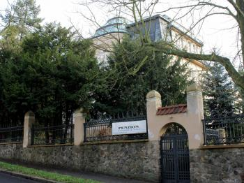Prodej domu v osobním vlastnictví, 894 m2, Chomutov