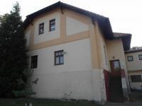 boční pohled na dům - Pronájem kancelářských prostor 22 m², Chomutov