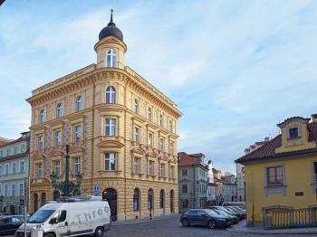 Prodej bytu Jiný v osobním vlastnictví 290 m², Praha 1 - Malá Strana (ID 034-N01959)
