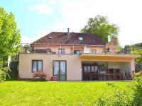 Prodej domu v osobním vlastnictví 186 m², Praha 6 - Suchdol