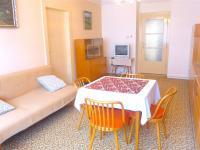 obývací pokoj (Prodej bytu 4+kk v osobním vlastnictví 100 m², Praha 6 - Dejvice)