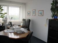 kancelář (Pronájem kancelářských prostor 60 m², Praha 5 - Hlubočepy)