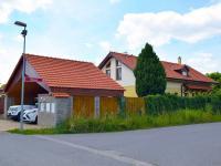 pohled z ulice (Prodej domu v osobním vlastnictví 273 m², Pardubice)