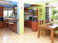 kuchyň s jídelnou (Prodej domu v osobním vlastnictví 273 m², Pardubice)