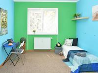 pokoj (Prodej bytu 3+1 v osobním vlastnictví 68 m², Praha 8 - Kobylisy)