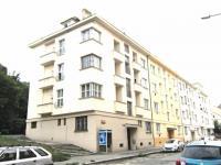Prodej bytu 1+1 v osobním vlastnictví 67 m², Praha 5 - Smíchov