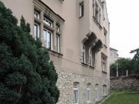 pohled na vilu (Pronájem kancelářských prostor 105 m², Praha 4 - Podolí)