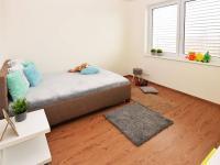 Ložnice - Prodej domu v osobním vlastnictví 107 m², Praha 9 - Újezd nad Lesy