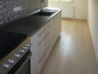 sporák, myčka - Pronájem bytu 2+1 v osobním vlastnictví 58 m², Praha 4 - Kamýk