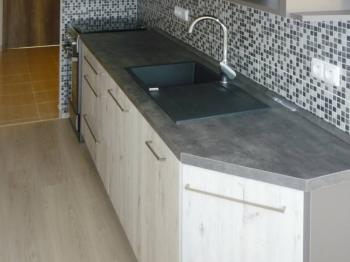 kuchyň - Pronájem bytu 2+1 v osobním vlastnictví 58 m², Praha 4 - Kamýk