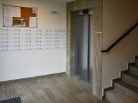 vstupní hala domu - Pronájem bytu 2+kk v osobním vlastnictví 48 m², Praha 9 - Letňany