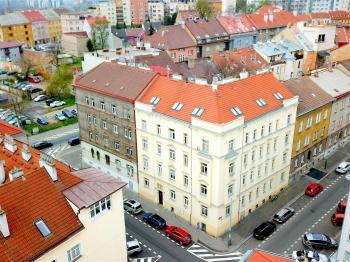 Prodej bytu 1+kk v osobním vlastnictví 35 m², Praha 8 - Libeň