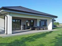 Pohled na terasu.  - Prodej domu v osobním vlastnictví 294 m², Velké Přítočno