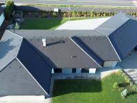 Střecha.  - Prodej domu v osobním vlastnictví 294 m², Velké Přítočno