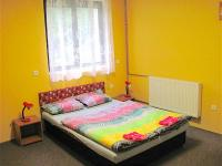 typický pokoj - Prodej komerčního objektu 750 m², Staňkov