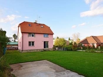 Prodej domu v osobním vlastnictví 186 m², Zápy