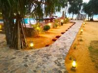 vešerní osvětlení zahrady - Pronájem domu v osobním vlastnictví 78 m², Rekawa