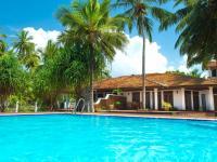 pohled na dům od bazénu - Pronájem domu v osobním vlastnictví 78 m², Rekawa