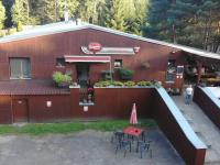 vstup od parkoviště k restauraci - Prodej penzionu 750 m², Staňkov