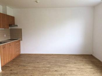 Pronájem bytu 1+kk v osobním vlastnictví, 33 m2, Praha 9 - Prosek